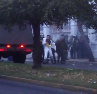 [VIDEO] Banda de los overoles atacó nuevamente Liceo de Aplicación