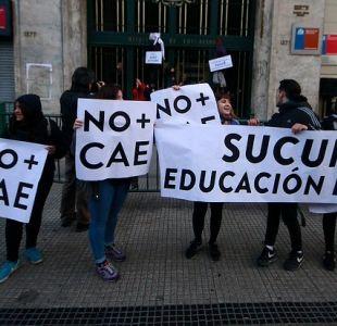 Comisión investigadora del CAE propone compensación para deudores de crédito universitario