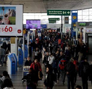 [VIDEO] Fiscalía revisará cámaras del aeropuerto para determinar qué pasó con haitiano que falleció