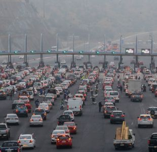 [VIDEO] Fiestas Patrias: Salida de Santiago genera alta congestión vehicular en distintos peajes