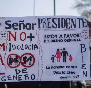 [VIDEO] Te Deum: Piñera fue recibido con protestas por aprobación de Ley de Identidad de Género
