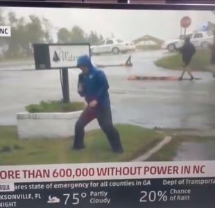 [VIDEO] La comentada defensa de canal de TV por el exagerado periodista en Huracán Florence