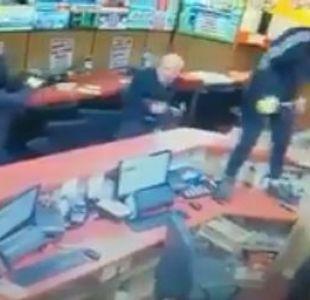 [Video] ¡Heroico! Anciano de 84 años repele a tres ladrones en Irlanda