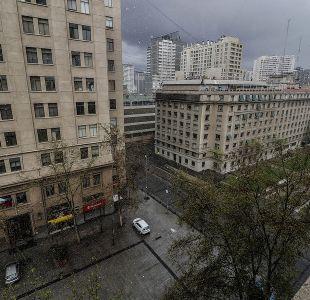 [VIDEO] Reportan caída de granizos en diversas comunas de Santiago
