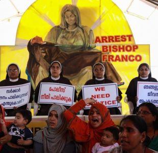 Vaticano suspende temporalmente a obispo indio acusado de violar a una monja