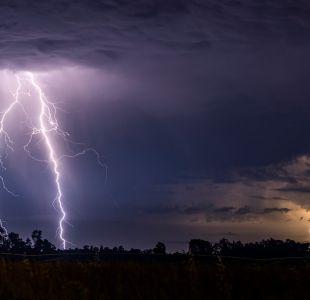 Dirección Meteorológica emite aviso por tormentas eléctricas en el norte y sur del país