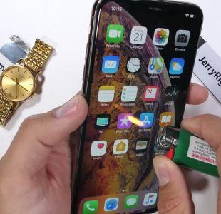 [VIDEO] ¿Qué tan resistente es el nuevo iPhone de Apple?