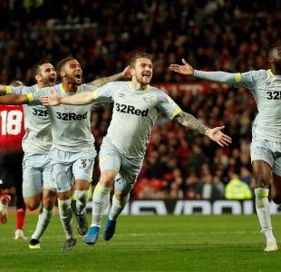 Sin Alexis el Manchester United fue eliminado de la Carabao Cup por equipo de segunda división