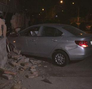 Automóvil se estrella en el muro de una casa tras protagonizar una persecución policial en Lo Espejo