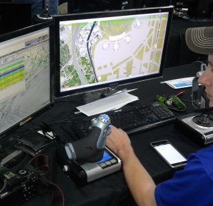 Controladores aéreos consiguen trabajo al salir de la carrera