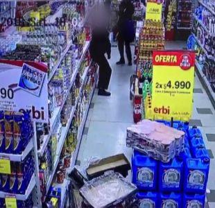 Carabinero de civil balea a tres delincuentes que robaban en local comercial en Cerrillos
