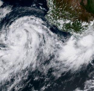 Tormenta Rosa se aproxima a la costa noroeste de México