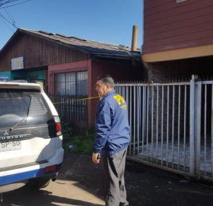 PDI indaga muerte de mujer y su hija de 4 años en Los Ángeles