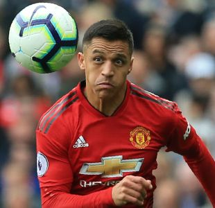 Alexis Sánchez sigue sin poder anotar con el Manchester United