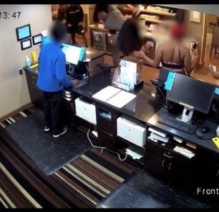 [VIDEO] Captan a equipo del rapero Machine Gun Kelly dándole brutal golpiza a actor que lo insultó
