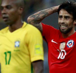 Rueda evita referirse a ausencia de Valdivia en La Roja y muestra preocupación por Vidal y Alexis