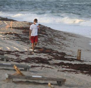 """La """"marea roja"""" llegó a las playas de Miami"""