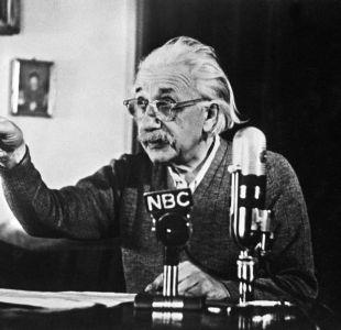 Carta de Einstein sobre Dios podría alcanzar 1,5 millones de dólares en subasta de Nueva York