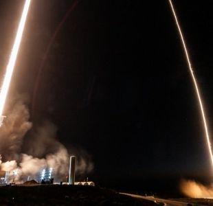 Las luces en el cielo que dejaron el lanzamiento e inédito aterrizaje del último cohete de SpaceX
