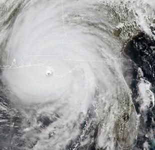 [VIDEO] Así se ve desde el espacio: Satélite captura impactantes imágenes del huracán Michael