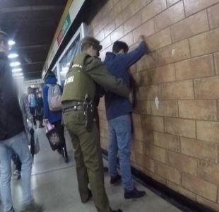 [VIDEO] 210 carabineros reforzarán la seguridad en el Metro