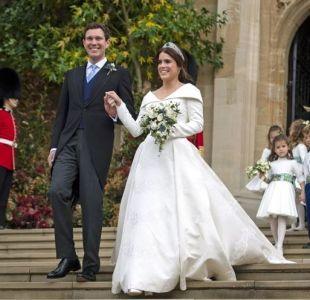[FOTOS] El fuerte mensaje que se esconde en el vestido que usó la princesa Eugenia durante su boda