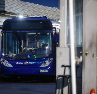 Detienen a conductores de Subus por lanzar piedras a buses del Transantiago