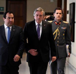 [VIDEO] Ministro Espina descarta renuncia de comandante en jefe del Ejército