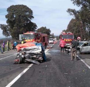Accidente vehicular en Casablanca deja dos fallecidos y seis heridos