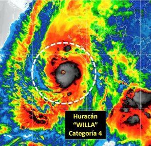 Huracán Willa alcanza categoría 4 y amenaza de forma extremadamente peligrosa la costa de México