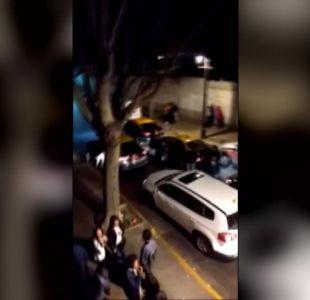 [VIDEO] Pensaron que era Uber y lo atacaron