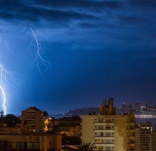 Meteorología emite aviso por probables tormentas eléctricas en norte y sur del país