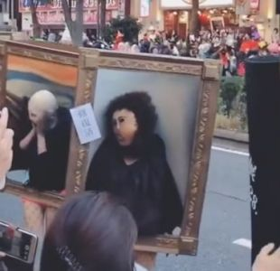 [VIDEO] ¡Tienen vida!: Desfile de famosos cuadros de arte sorprende en la previa de Halloween