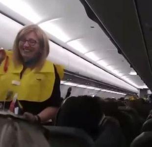 [VIDEO] Las divertidas instrucciones de vuelo de un avión en Estados Unidos
