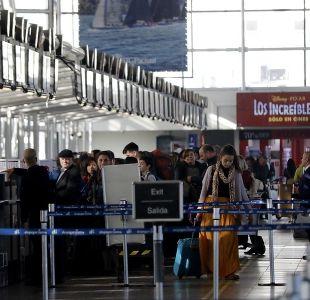 Aeropuerto de Santiago sería renombrado como Pablo Neruda: ¿Qué pasará con Arturo Merino Benítez?