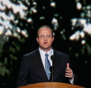 Demócrata de Colorado Jared Polis es electo como el primer gobernador abiertamente gay en EEUU