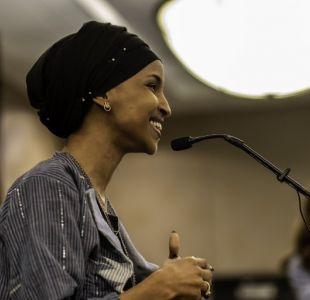 Dos mujeres son electas como las primeras musulmanas en llegar al Congreso de Estados Unidos