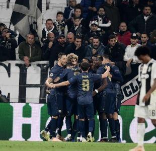 Manchester United, con Alexis de titular, lo da vuelta y vence de visita a la Juventus
