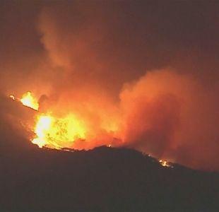 [VIDEO] Incontrolables incendios en California