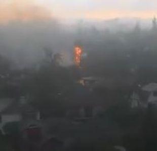 [VIDEO] Caída de rayo sobre una palmera provoca incendio en Ñuñoa