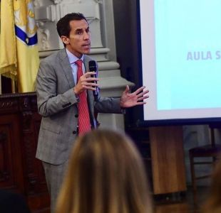 Aula Segura: Alcalde de Santiago asegura que quedamos muy conformes con la normativa