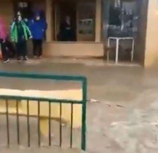 [VIDEO] Lluvias provocan inundación en Curacaví: al menos 28 casas afectadas
