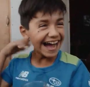 [VIDEO] Así se enteraron (y festejaron) los niños que estarán en película sobre Alexis Sánchez