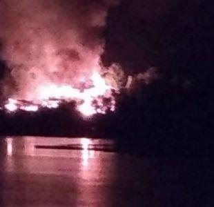 [VIDEO] Presunto ataque incendiario consume el Centro Turístico Quelén en región del Biobío