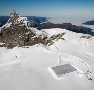 Record Guinness de la mayor postal en un glaciar suizo