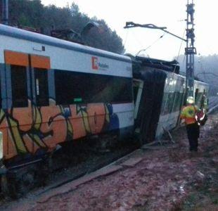 [FOTOS] Al menos un muerto en el descarrilamiento de un tren en Barcelona