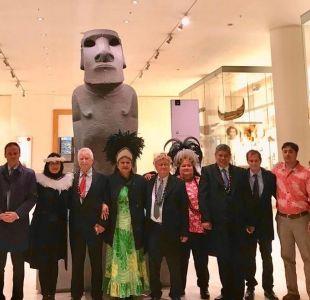 Ward y representantes de Rapa Nui realizan visita privada al Museo Británico para repatriar moái