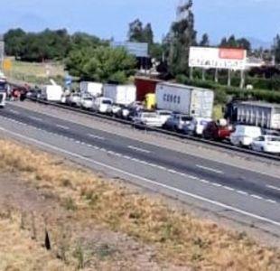 [VIDEO] Autopista del Sol: Regularizan tránsito tras protesta de estudiantes de U. del Pacífico