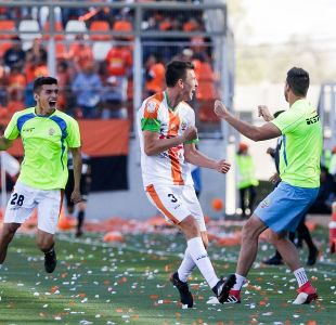 Cobresal vuelve a primera división tras empatar con Cobreloa en Calama
