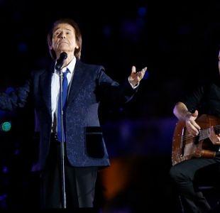 """[VIDEO] Raphael sorprende al Estadio Nacional cantando """"Gracias a la Vida"""""""